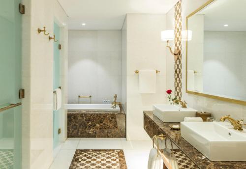 Al Habtoor Polo Resort photo 53