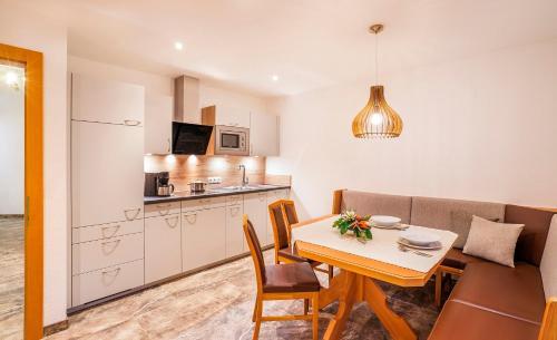 Aliona Apart - Apartment - Sölden