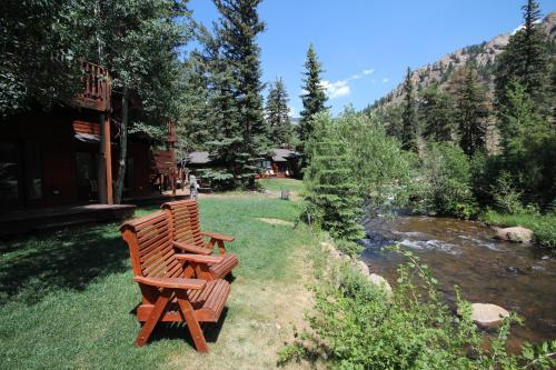 Boulder Brook On Fall River - Estes Park, CO 80517