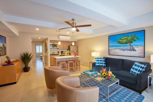 All Inclusive - Divi Dutch Village Beach Resort - Photo 7 of 30