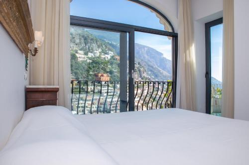 Viale Pasitea, 148, 84017 Positano SA, Italy.