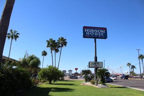 Hotels Near Harlingen Convention And Visitors Bureau