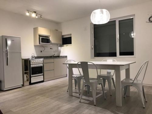 Departamento Nivel Gerencial Neuquen Centro - Apartment - Neuquén