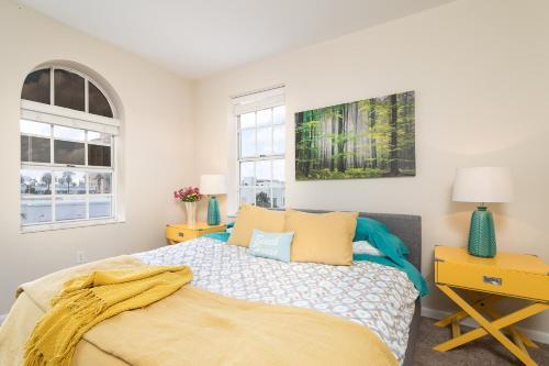 2 Bedroom 2 Bath Penthouse On The Beach - Miami Beach, FL 33139