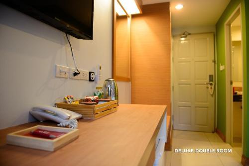 ZEN Rooms Ratchaprarop photo 9
