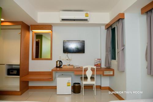 ZEN Rooms Ratchaprarop photo 12