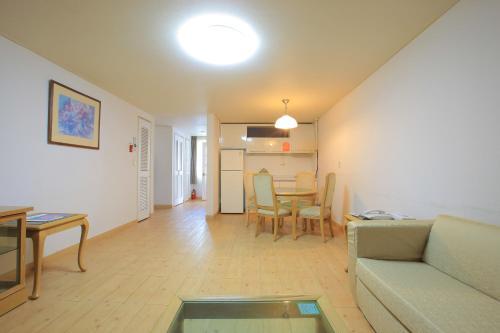 Korean-Style Apartment - Villa Condominium