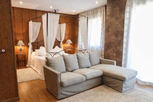 Accommodation in Pontons