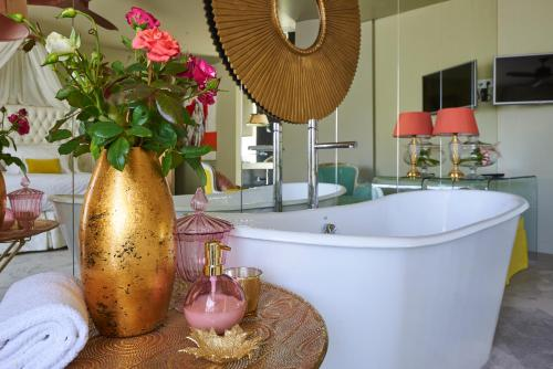 Carmo's Boutique Hotel - Small Luxury Hotels Of The World - Photo 2 of 52