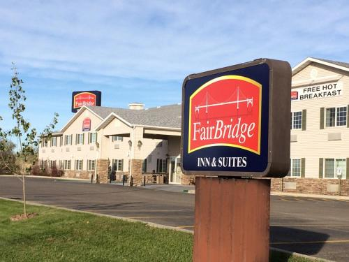 Фото отеля Fairbridge Inn and Suites - Miles City