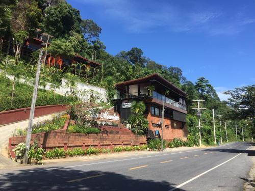 Blue Mountain Phangnga Resort Phang Nga
