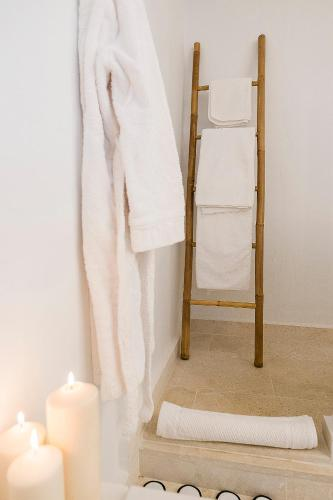Habitación Doble Superior S'Hotelet d'es Born - Suites & SPA 11
