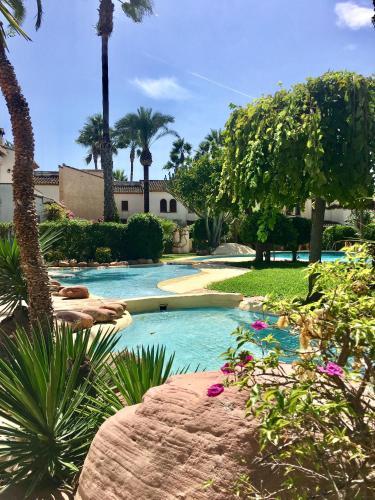 Photo - Royal Garden Santa Clara