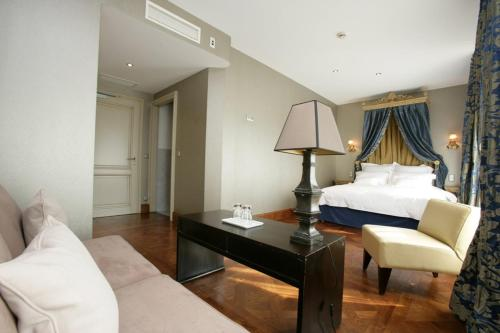 __{offers.Best_flights}__ Hotel au Soldat de l'An Deux