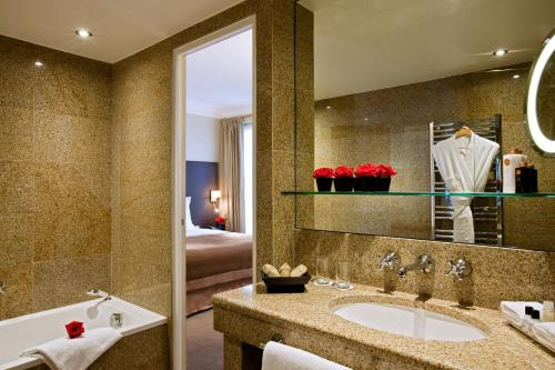 Saint James Albany Paris Hotel Spa photo 2