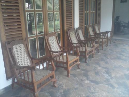 Birds and Bees Resort in Veyangoda, Sri Lanka - reviews