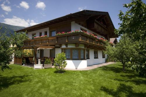 Ferienwohnungen Haus Schett - Apartment - Lienz