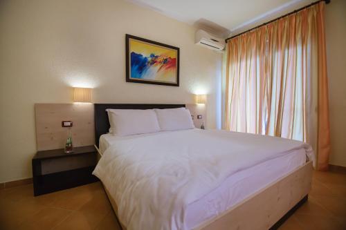Фото отеля Hotel Ibiza
