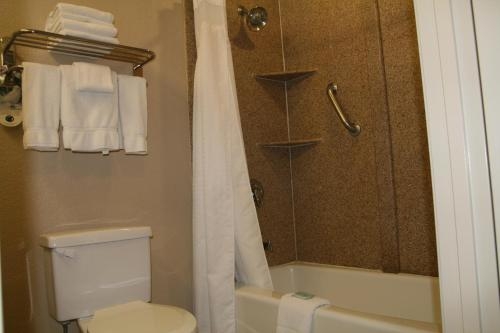 Holiday Inn Express Hotel Union City - Union City, CA 94587