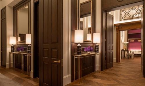 Four Seasons Hotel London at Ten Trinity Square photo 41