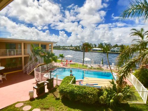 Aloha Studio - Pompano Beach, FL 33062