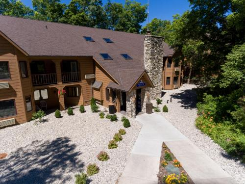 Top Hotel Deals Near Lake Michigan Chicago The Landing Resort