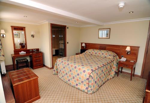 Expanse Hotel - Photo 6 of 83