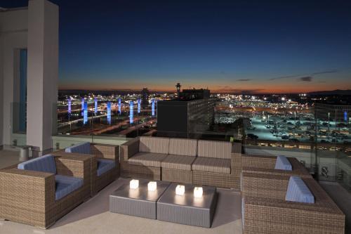 H Hotel Los Angeles Curio Collection By Hilton - Los Angeles, CA 90045