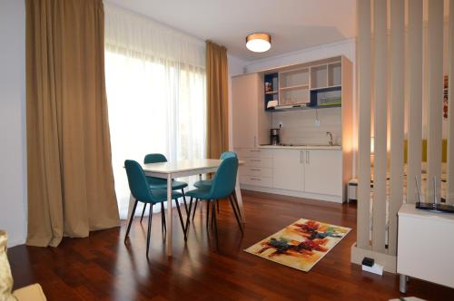 Situated In Bucharest Luxury Apartments Features Free Wifi 600 Metres From National Theater Tnb And 1 3 Km Stavropoleos Church