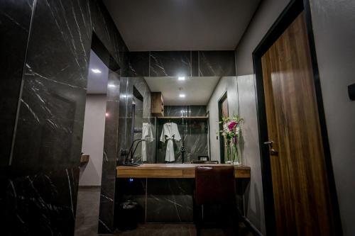 Onyx Hotel Bangkok photo 58