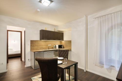 Paulay Downtown Apartments photo 32