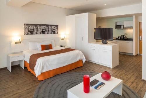 Camino Real Hotel y Suites, Puebla
