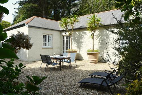 St Corantyn Cottage, Mullion, Cornwall