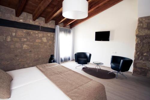 Double Hotel Restaurante Masía la Torre 36