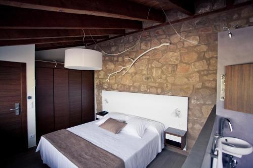 Superior Double or Twin Room Hotel Restaurante Masía la Torre 43
