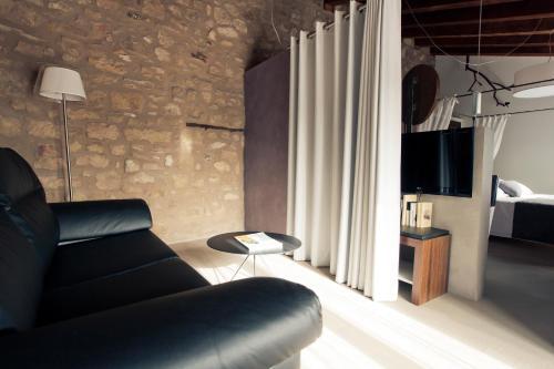 Double Hotel Restaurante Masía la Torre 41