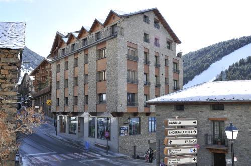 . Apartaments Turistics Pirineu