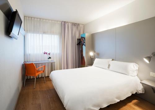 . B&B Hotel Girona 2