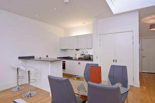 Destiny Scotland - St Andrew Square Apartments photo 34