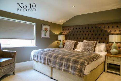 No.10 Preston, Preston