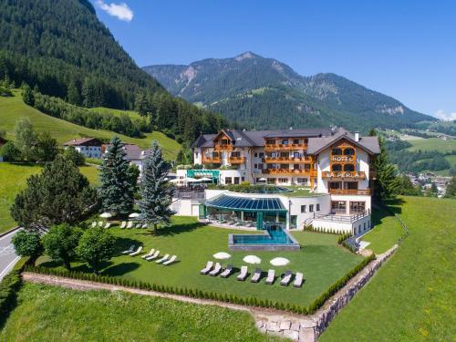 Alpin & Vital Hotel La Perla St. Ulrich