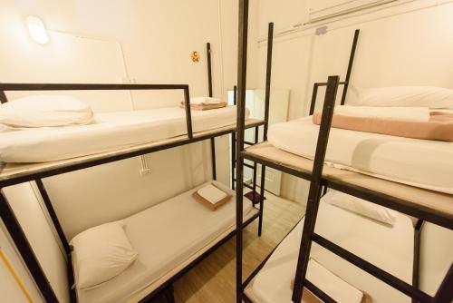 Warm White Hostel photo 47
