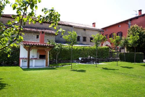 Casa de 5 dormitorios Casa Rural Mendiburu 25