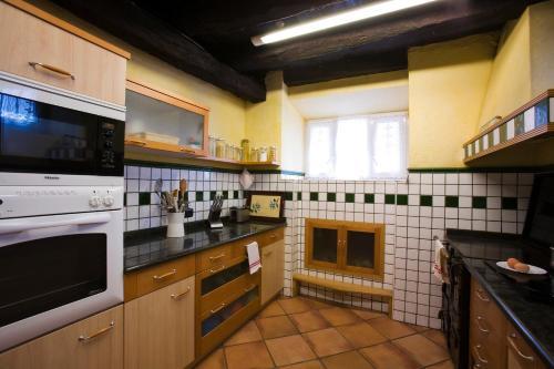 Casa de 5 dormitorios Casa Rural Mendiburu 21