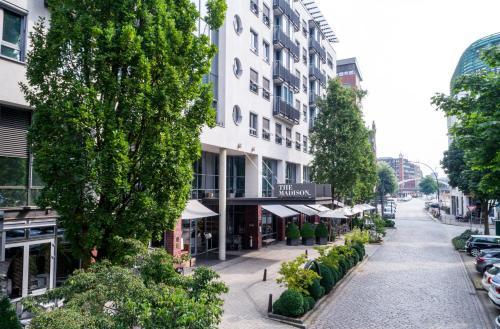 Schaarsteinweg 4,  20459, Hamburg, Germany.