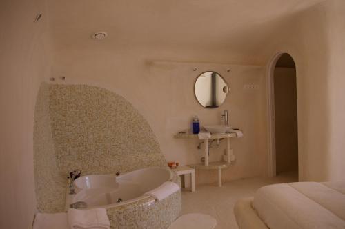 Cave Hotel Rural & Spa Las Nubes 35