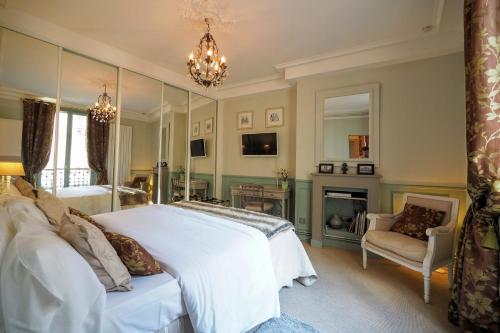 Chambre d hôte : Louvre Elegant Apt Suite photo 29