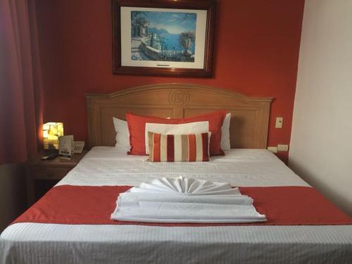 Hotel Empresarial, Paraíso