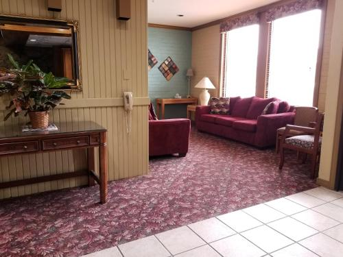 Raintree Inn - Ada, OK 74820