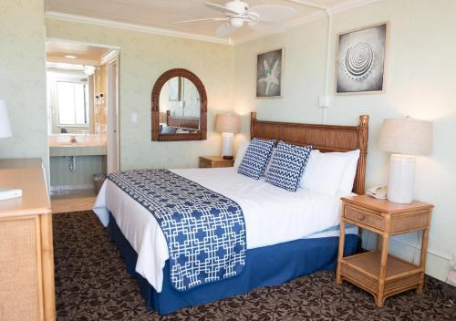 Spray Beach Hotel - Beach Haven, NJ 08008